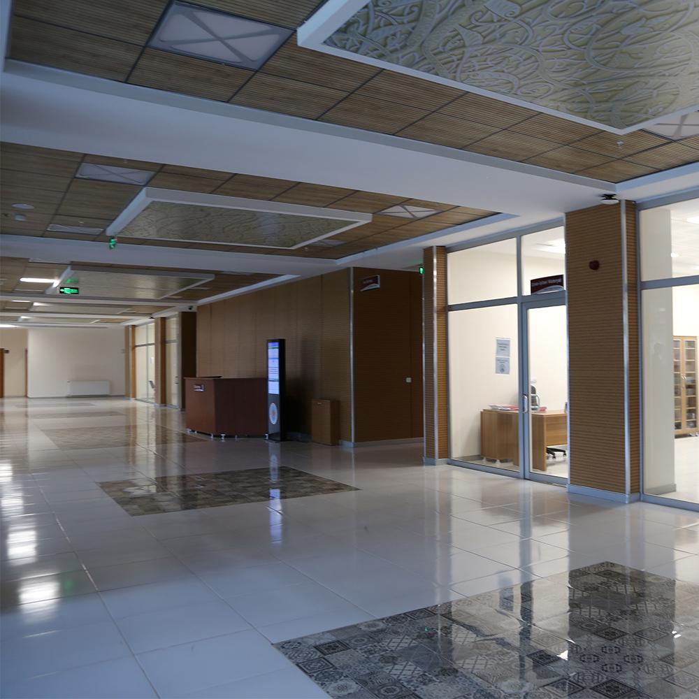 Bingöl-Üniversitesi-Kütüphanesi-7